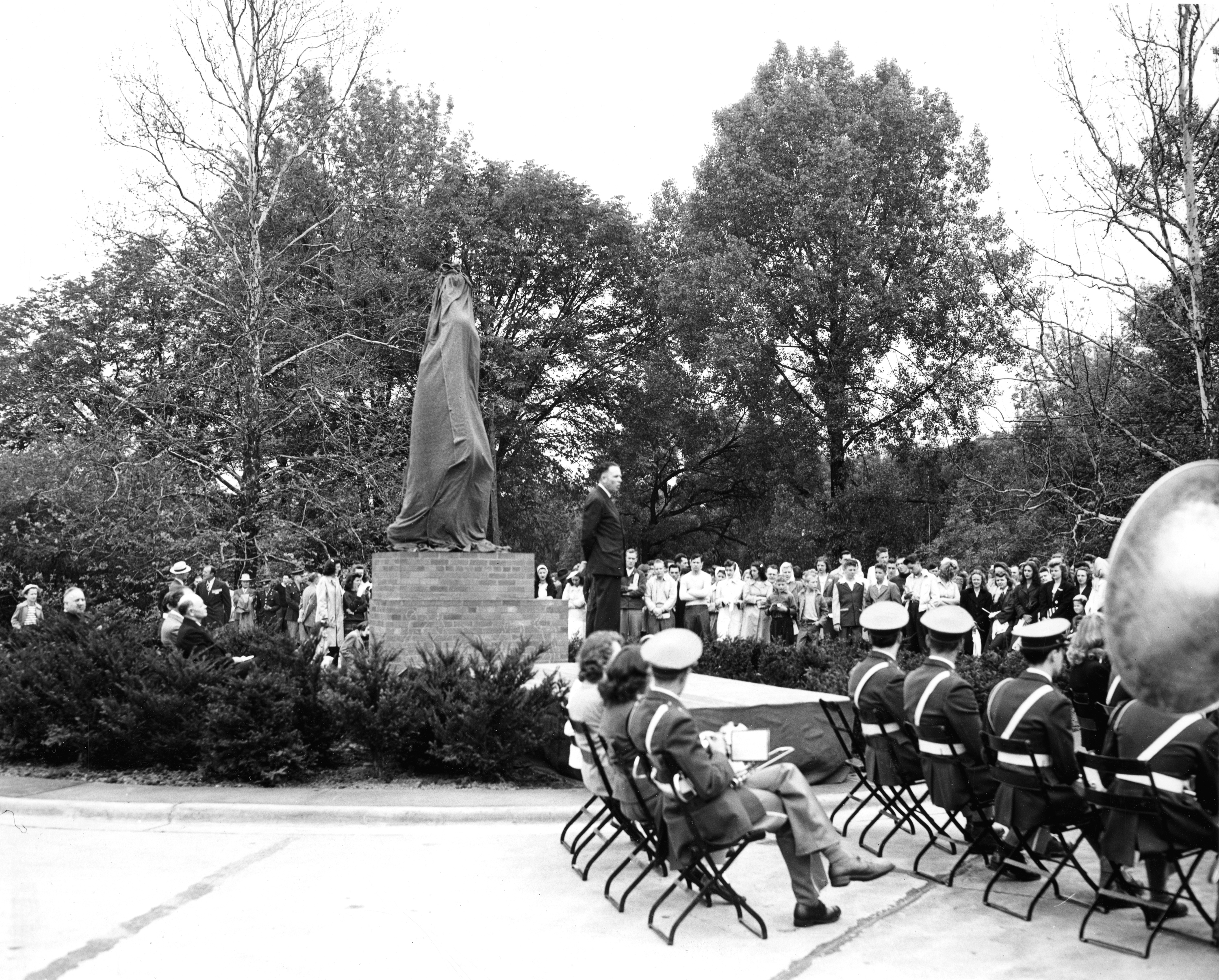 Unveiling Sparty, 1945