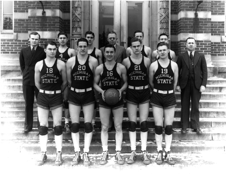 1937 Basketball Team