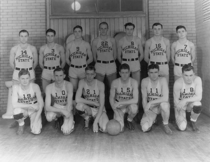 1934 Basketball Team