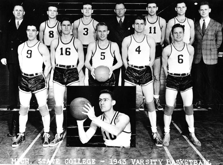 1943 Varsity Basketball Team