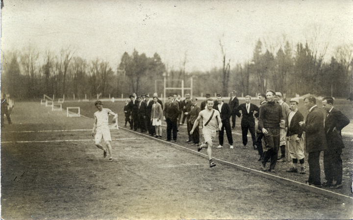 M.A.C. varsity track try outs, 1909