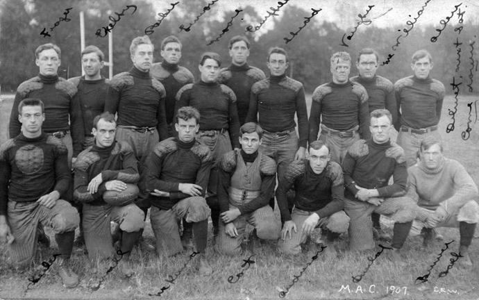 M.A.C. football team, 1907