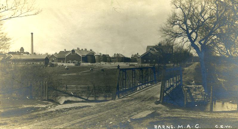 Farm Lane bridge and farm buildings, pre-1915