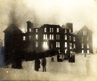 1905 Wells Hall Fire