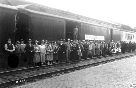 A crowd at the Farm Convenience Train