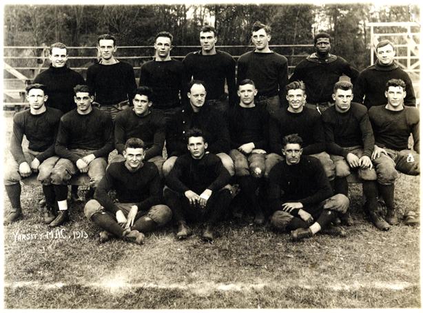 1913 Men's Varsity Football Team, 1913