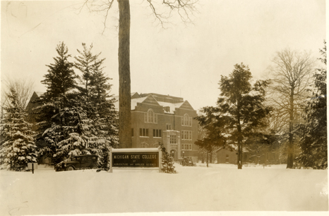 Union building with campus entrance, 1929
