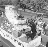 A float in the 1955 Homecoming parade