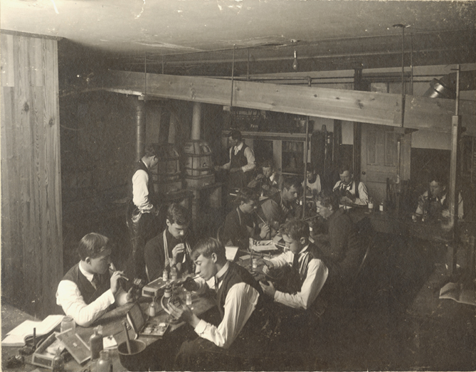 Students do a blowpipe analysis in Chemistry Lab, 1896