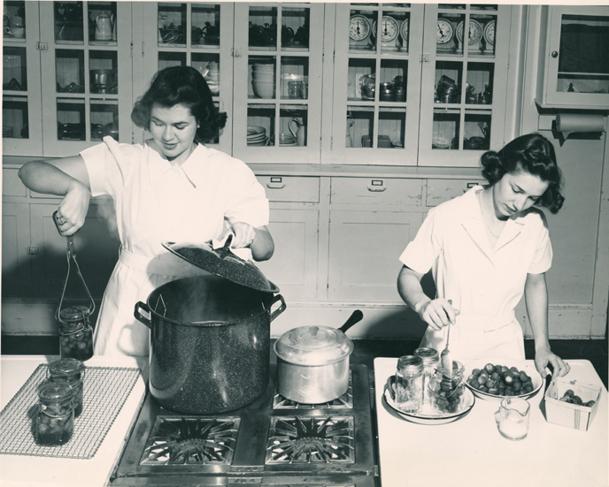 Canning strawberries, ca. 1940
