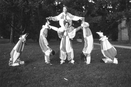 Female tumblers, 1933