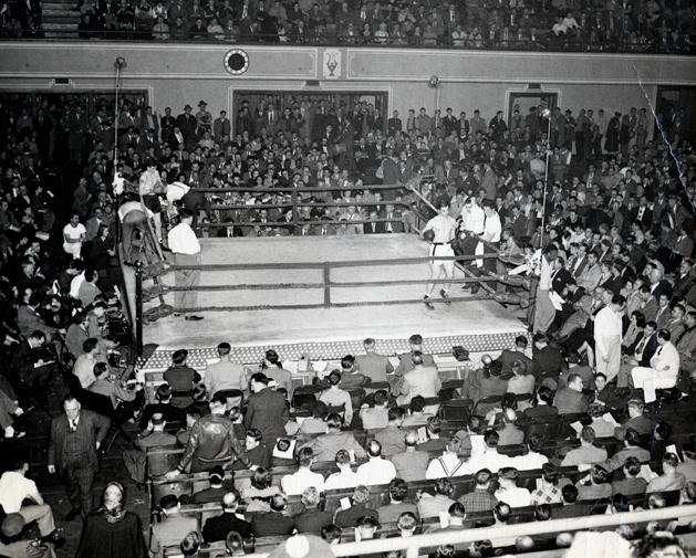 Golden Gloves match in Grand Rapids, 1950