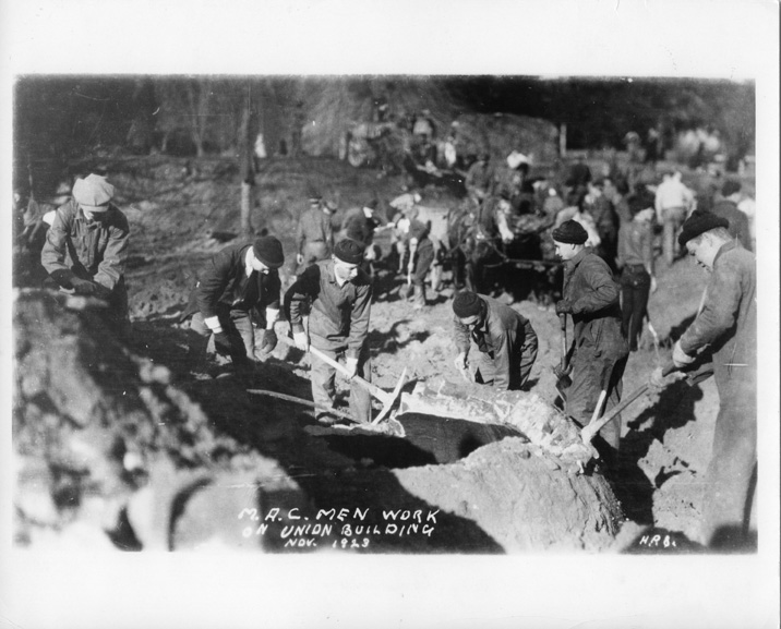 Digging the foundation of the Memorial Union, 1923
