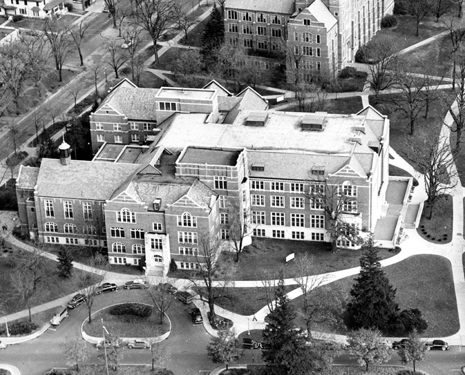 Aerial view of the MSU Union, 1949