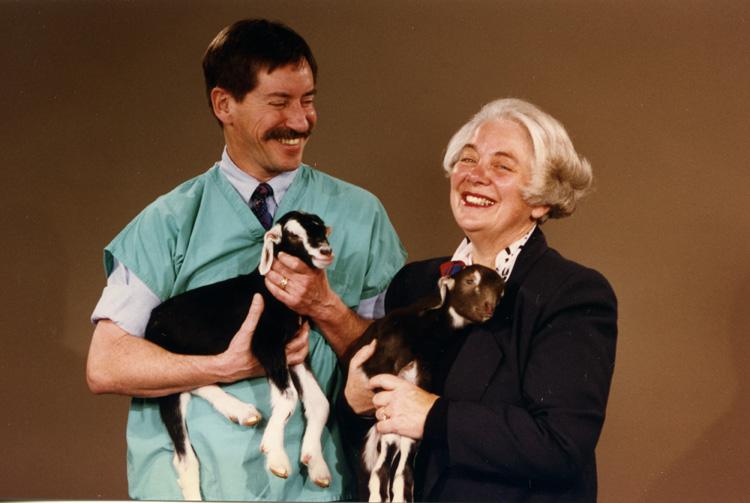 Margaret Zee Jones & Dr. Cunningham with V399 & V400, December 1993