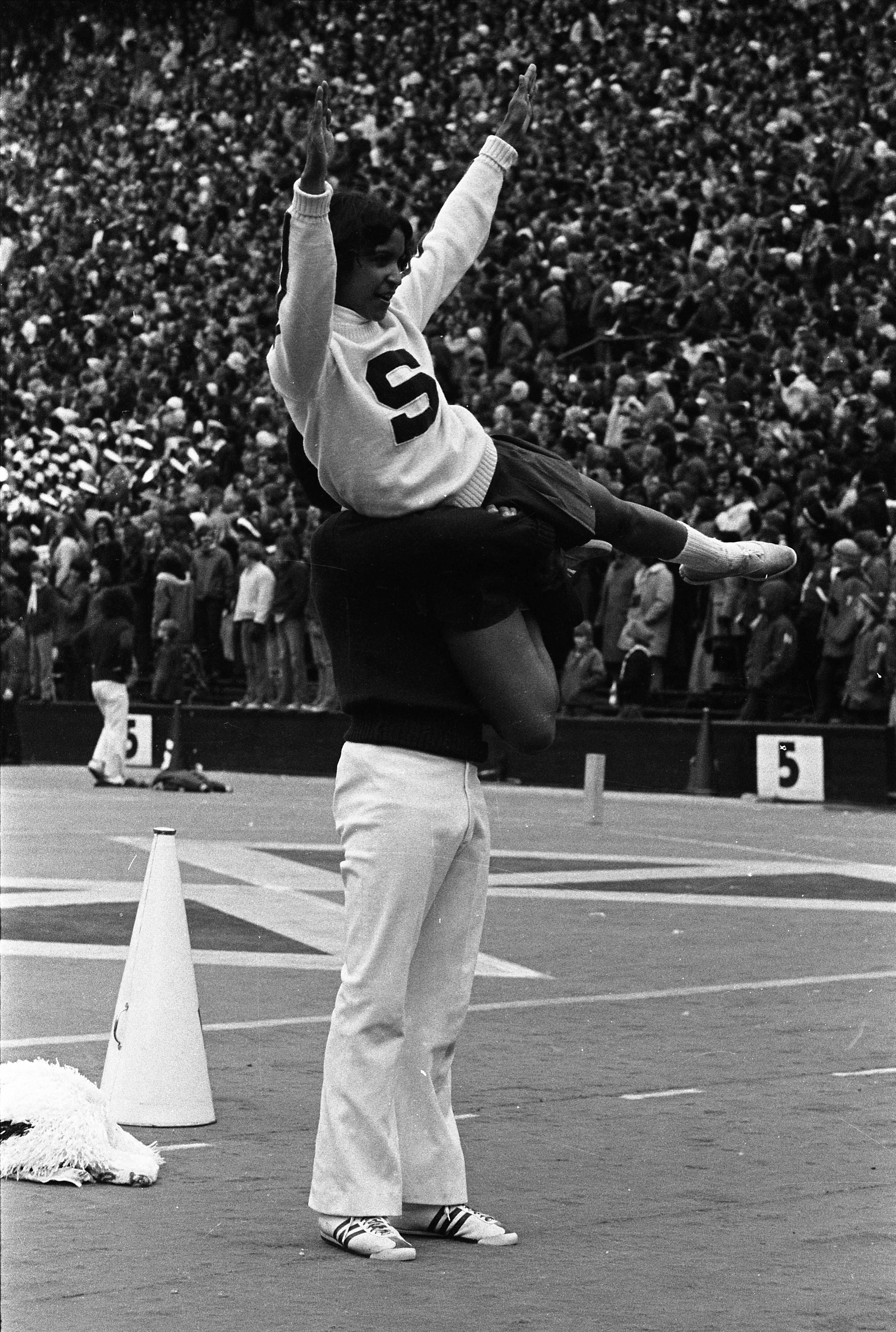 Cheerleaders at the MSU vs Ohio State game, 1972