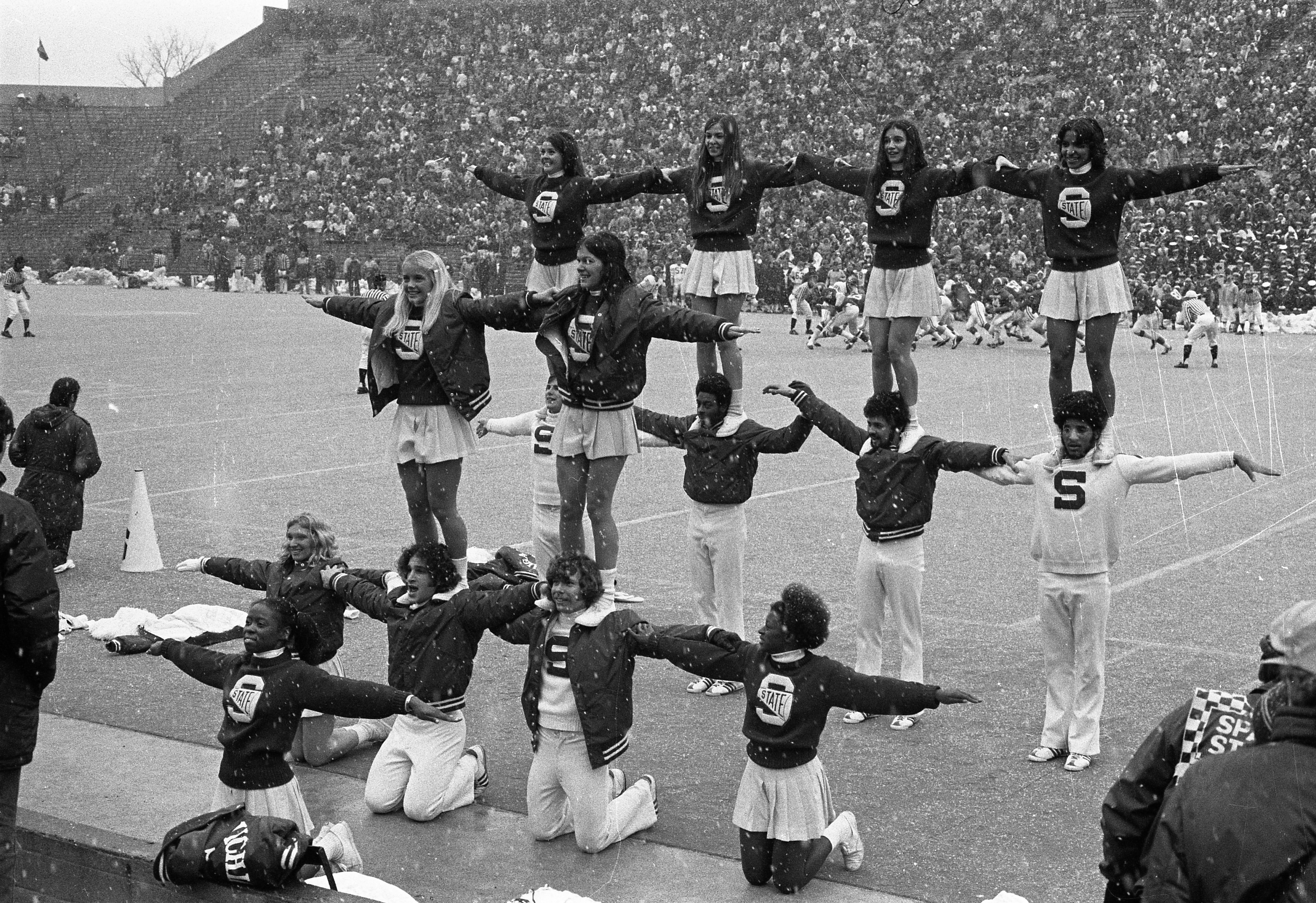 Cheerleaders at the MSU vs Northwestern football game, 1972