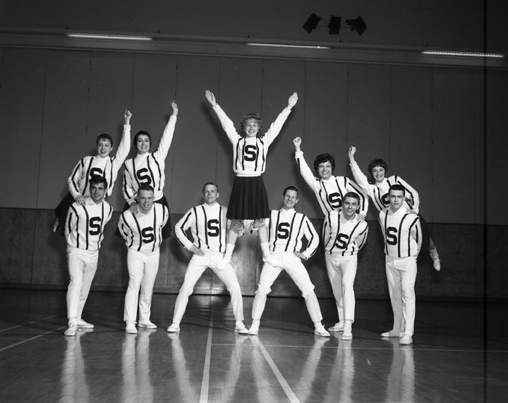 Cheerleaders, 1963