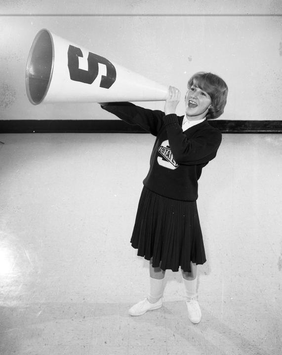 Female cheerleader, 1965