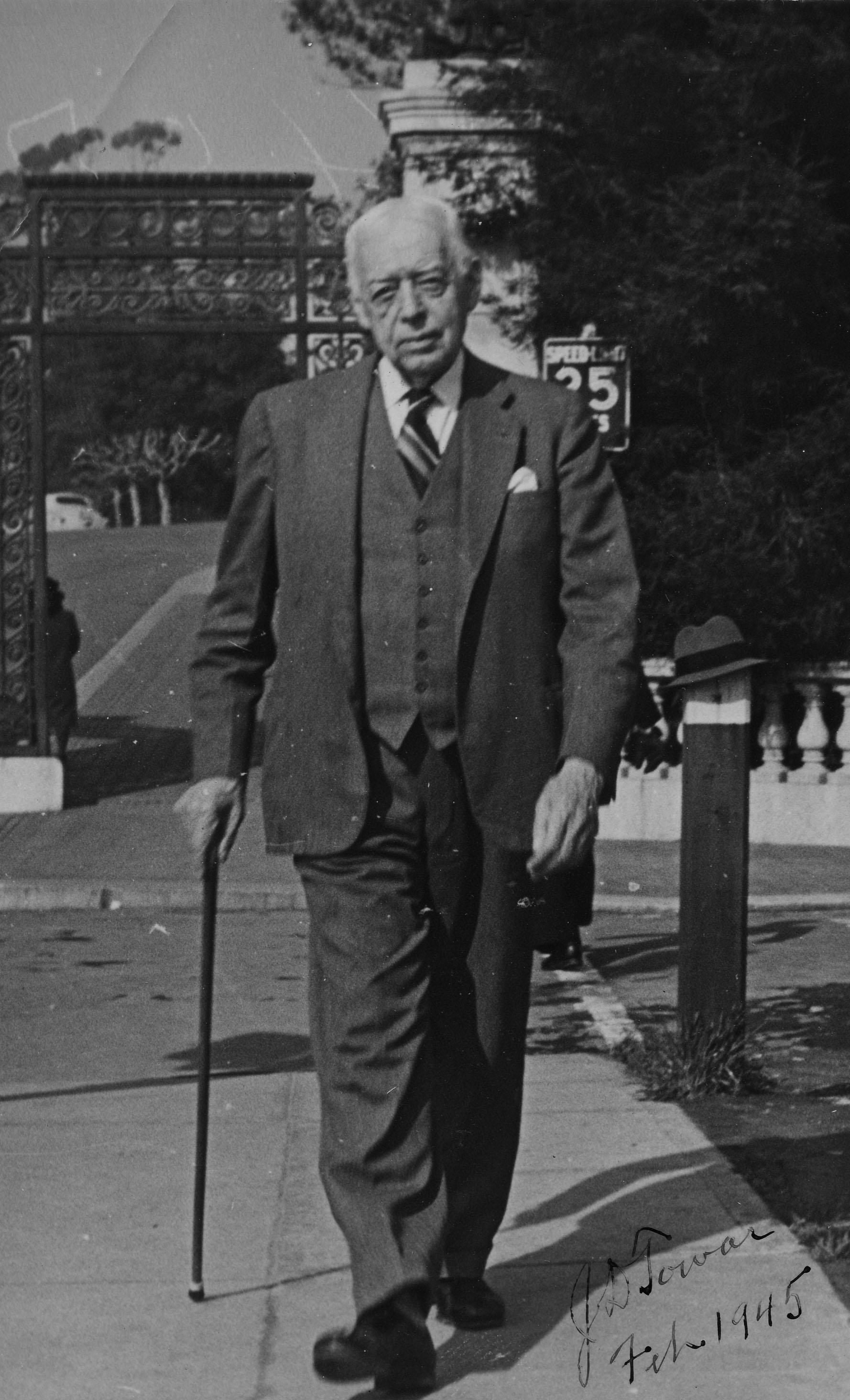 J.D. Towar, 1945