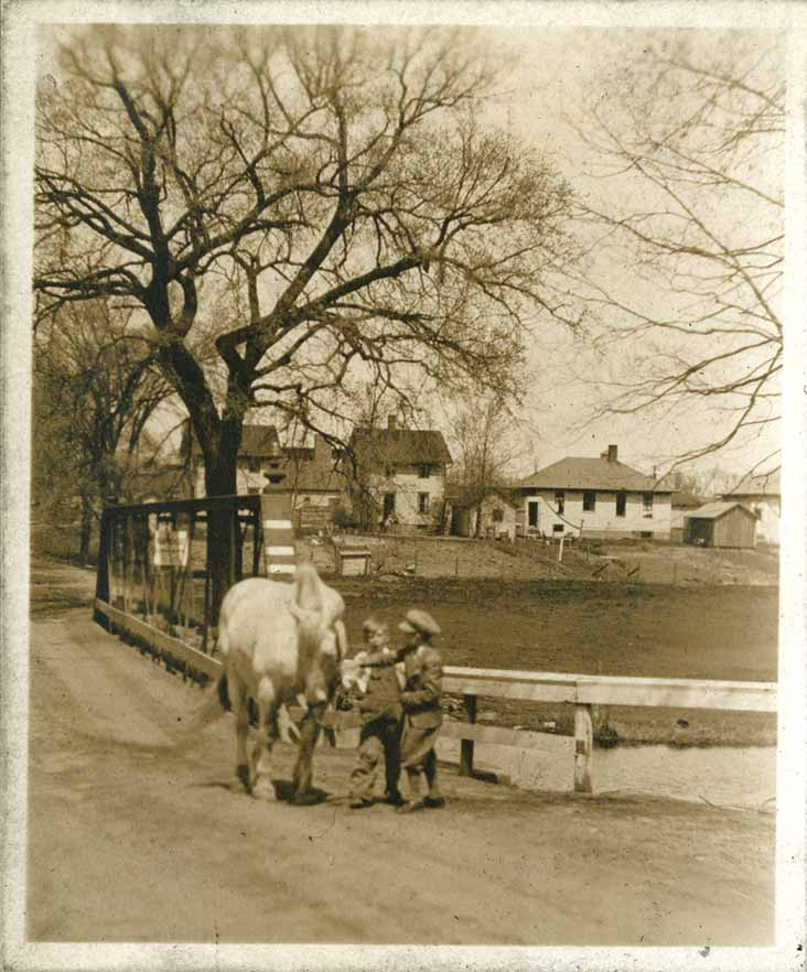 Farm Lane Bridge with children, circa 1925