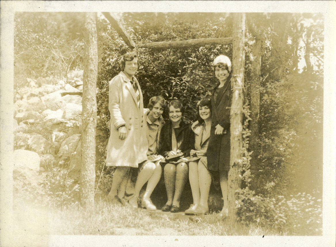 Five women posing outside, taken by Onn Mann Liang, circa 1925