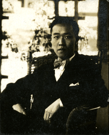 Onn Mann Liang seated, 1926