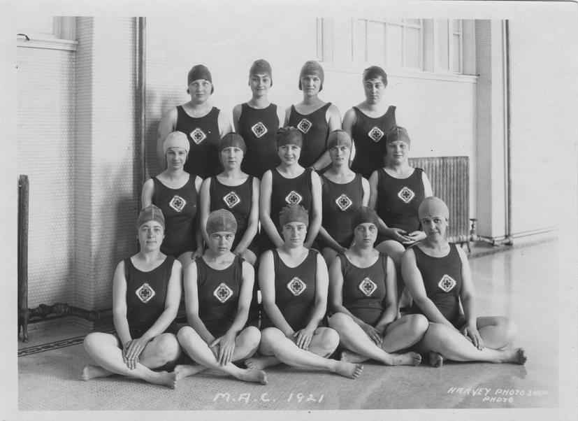 Women's Life Saving Corps, 1921
