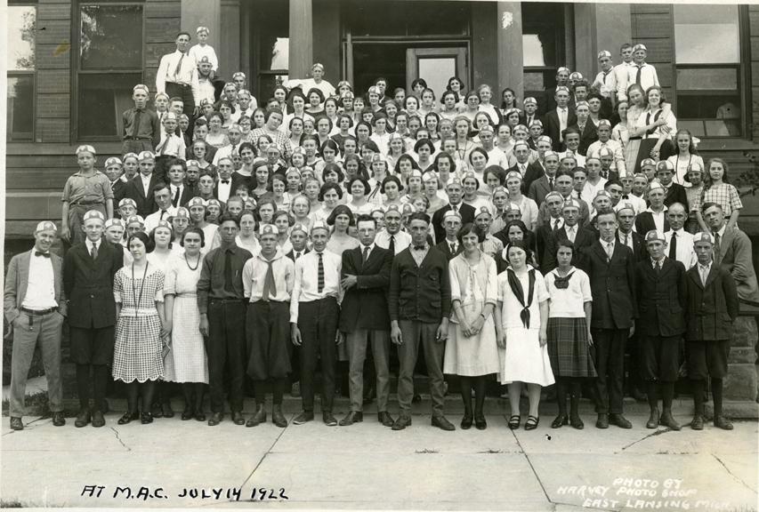 4-H Group Photograph, 1922