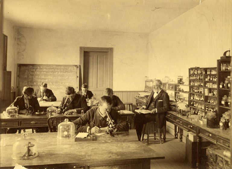 Beal and students in lab, date unknown