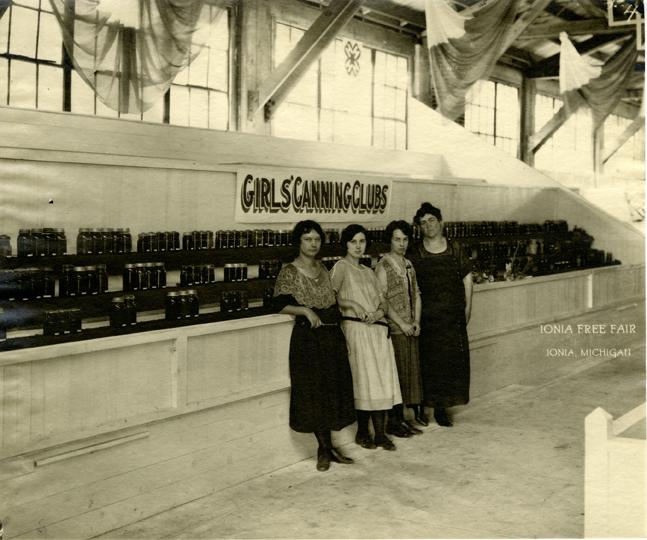 """""""Girls' Canning Club,"""" 1925"""