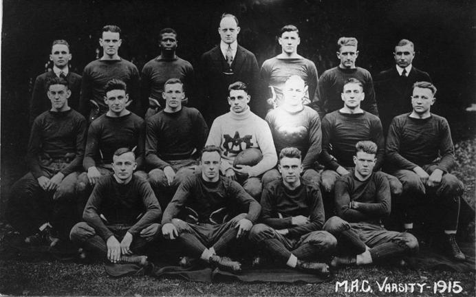 M.A.C. varsity football team, 1915