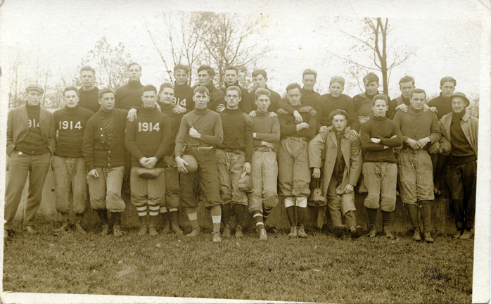 M.A.C. football team, 1914
