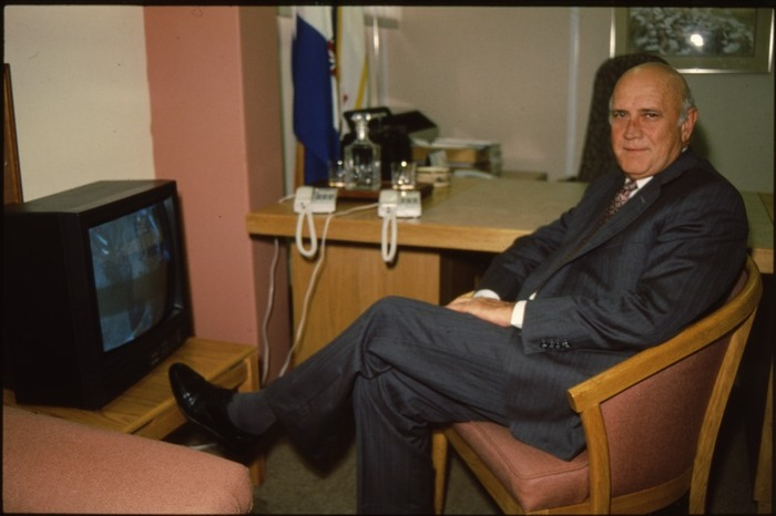 Former South African president FW de Klerk before a television interview at the Union Buildings in Pretoria in 1994.