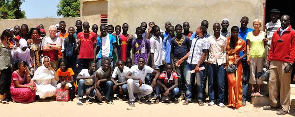 Collège-de-Ndiassane [Courtesy of Association des Racines et des Hommes http://desracinesetdeshommessenegal.org/?page_id=31]