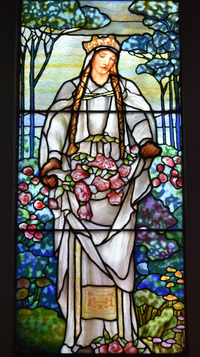 St. Elizabeth of Hungary close-up