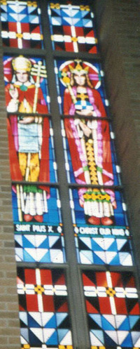 St. Pius X and Christ Our King, close-up