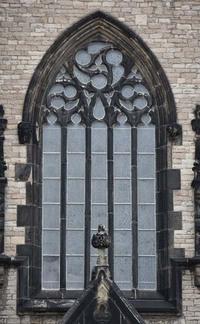 The Triumphant Christ, outside